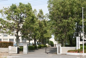 Takasaki_Muncipal_High_School_of_Takasaki_City_University_of_Economics