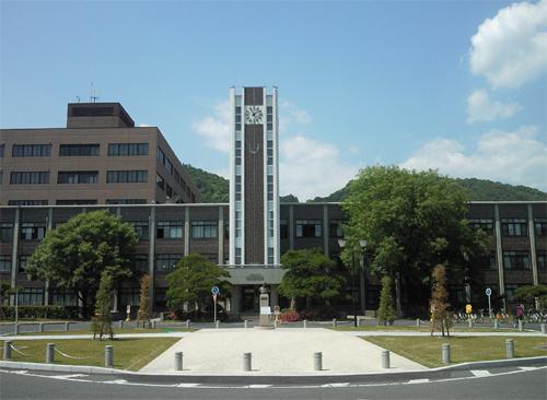 岡山大学 偏差値 2018年 2017年 学部別(学科/コース)一覧 - 大学 ...