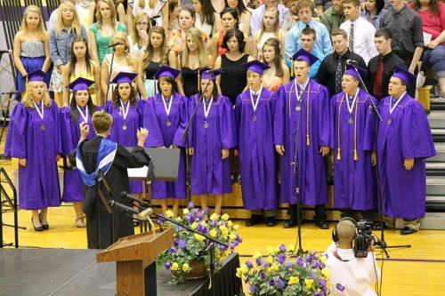 graduation-317121_640
